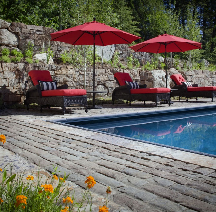 Photo of Pool with Belgard Pavers
